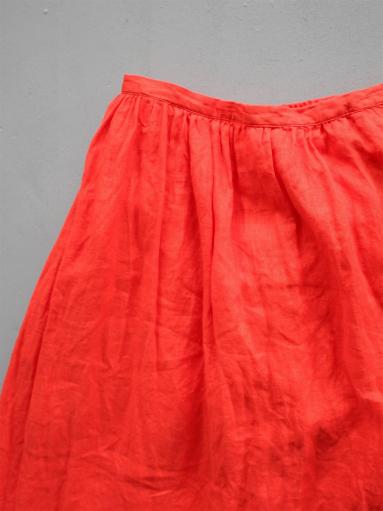 Ordinary fits TRAVEL SKIRT linen / RED_b0139281_12415927.jpg