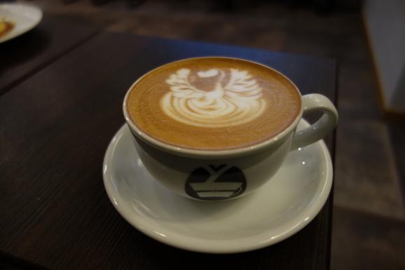 SUKEMASA COFFEEさんでラテとプリン_e0230011_16324212.jpg