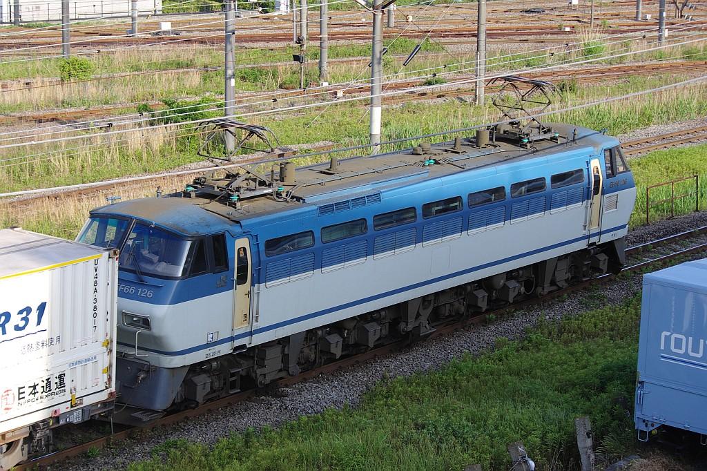 5/18東京貨物ターミナルにて2062レのコキとコンテナ_f0203926_22382026.jpg
