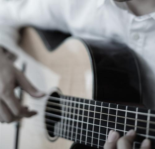 ギター&ペインティングライブの夕べ 当日受付あります!_d0347031_06523801.jpg