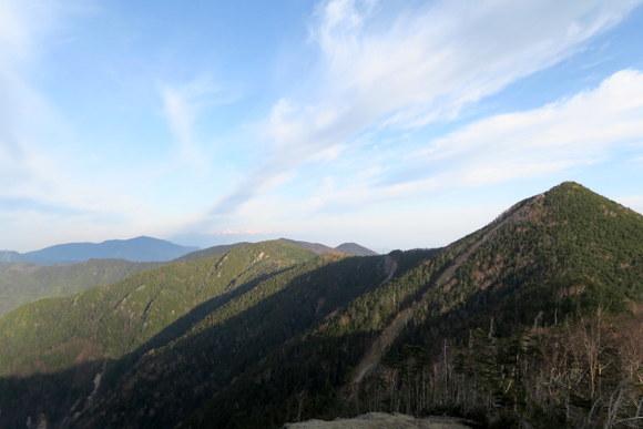 山の魅力がわからない/甲武信ヶ岳_e0234741_22215145.jpg