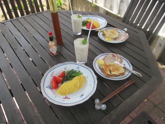 初お庭ご飯&チューリップを堪能してきた_a0279743_21561530.jpg