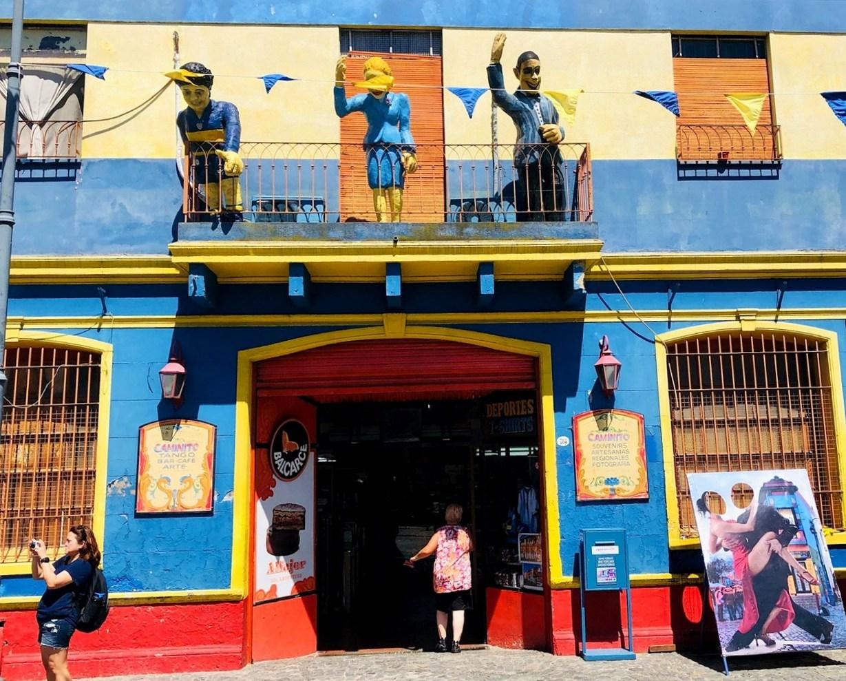 """中南米の旅/42 カラフル過ぎる街""""ボカ地区""""カミニート@ブエノスアイレス_a0092659_22373785.jpg"""