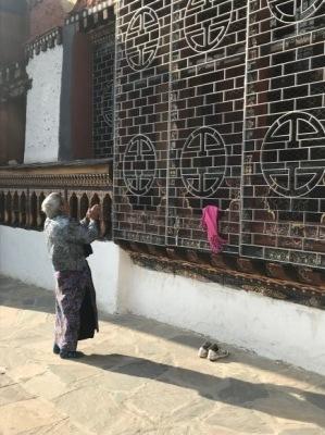 ブータンの仏教と生活 _d0297177_11555767.jpg