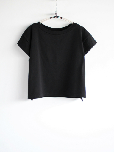 blurhms Super Hard Twisted Boat-Neck S/S - Black (LADIES ONLY)_b0139281_12253619.jpg
