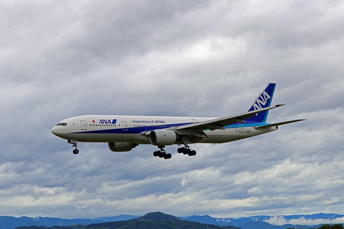 昨日の阿蘇熊本飛行場。_b0044115_09033330.jpg