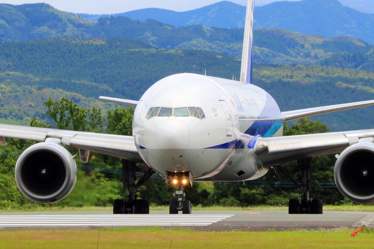 昨日の阿蘇熊本飛行場。_b0044115_09043012.jpg