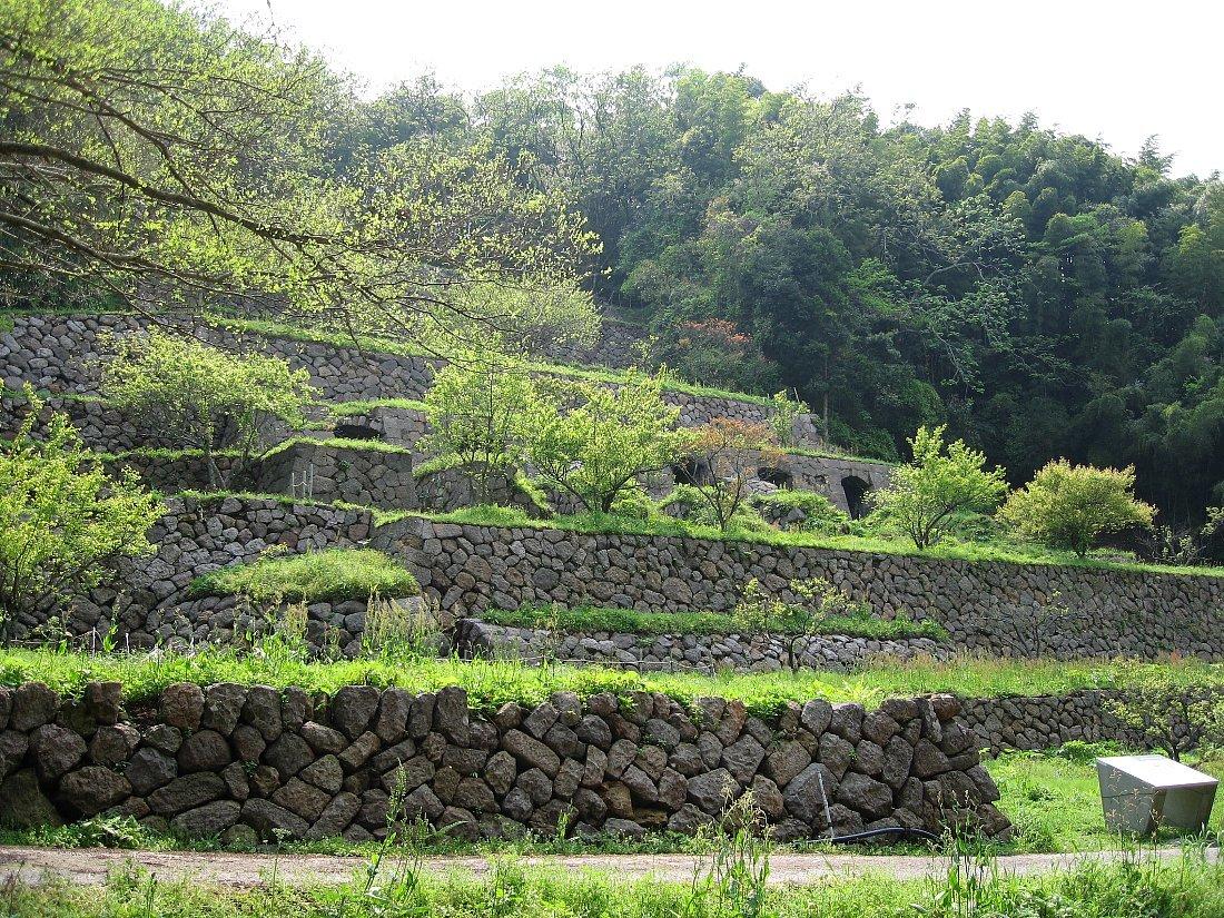 石見銀山の銀山ゾーンを歩く_c0112559_08191403.jpg