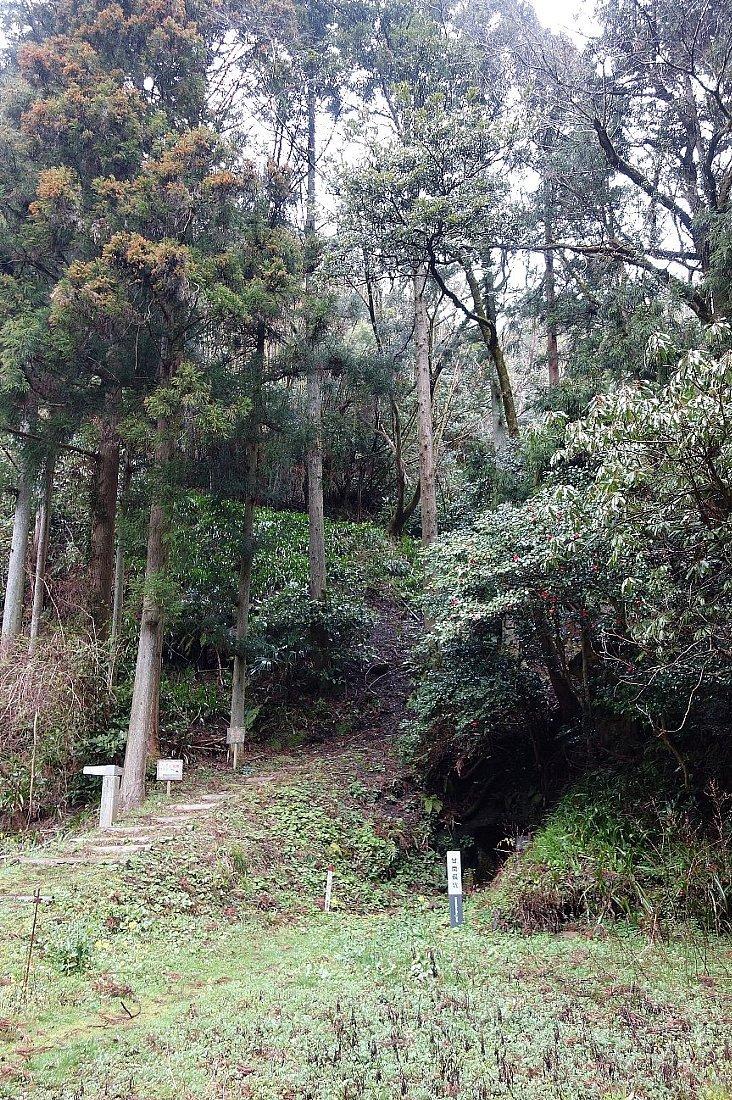 石見銀山の銀山ゾーンを歩く_c0112559_08234142.jpg