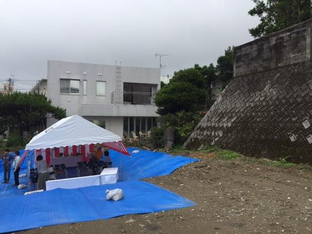沖縄の地鎮祭_d0021969_11055394.jpg