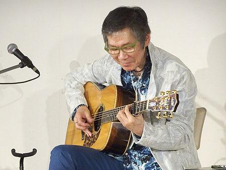 今年も楽しみました! TOKYOハンドクラフトギターフェス2019_c0137404_10340821.jpg