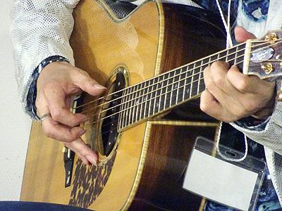 今年も楽しみました! TOKYOハンドクラフトギターフェス2019_c0137404_10340842.jpg
