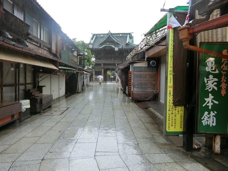 5月21日(火)寂しい参道_d0278912_15345438.jpg