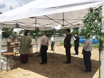 松本市 住宅工事始まります_e0180332_08484326.jpg