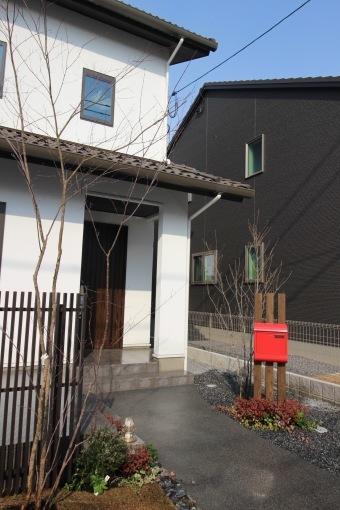 施工実績を更新しました~ガーデン雑貨販売と外構工事の広島市佐伯区楽樹工房_f0205877_16525556.jpg