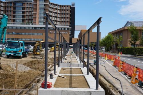 進捗状況「石川県立中央病院建設工事(歩道ルーフその2)」_d0095305_17045928.jpg