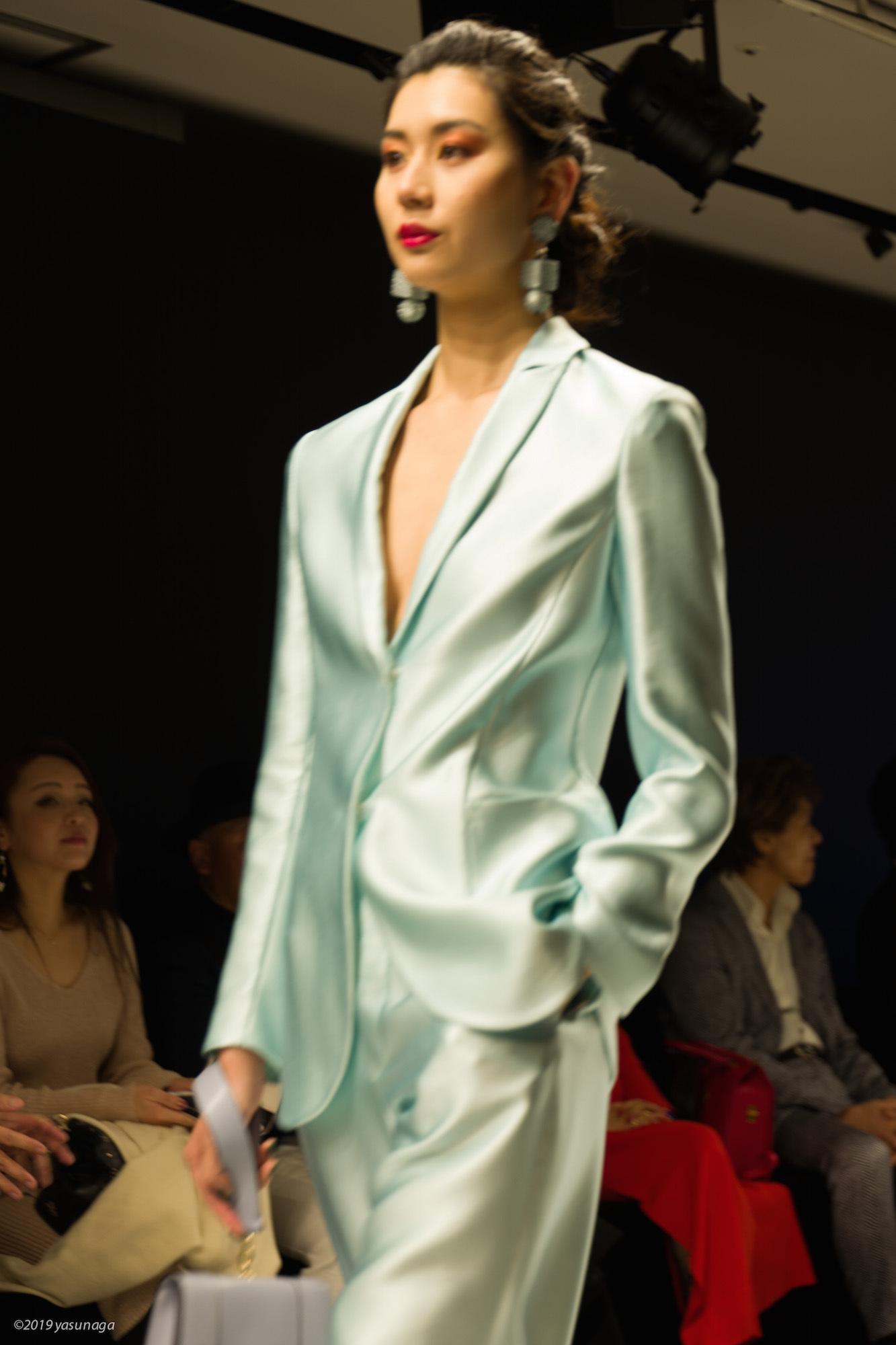アルマーニ ファッション_d0192712_14133390.jpg