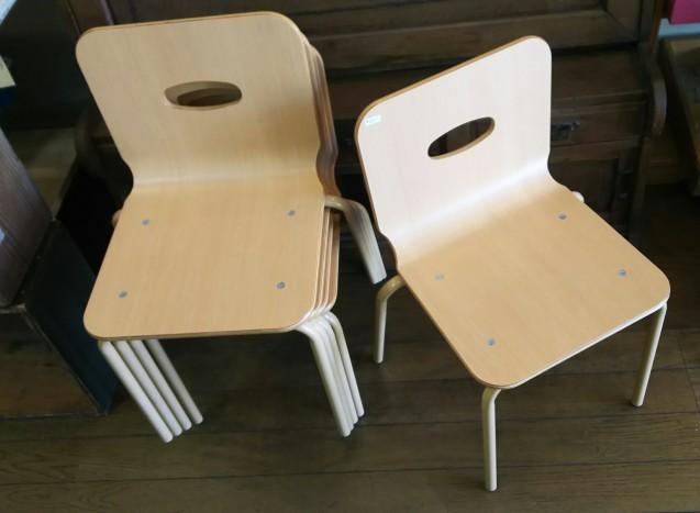 丸椅子と子供椅子☆_e0199317_13023632.jpg
