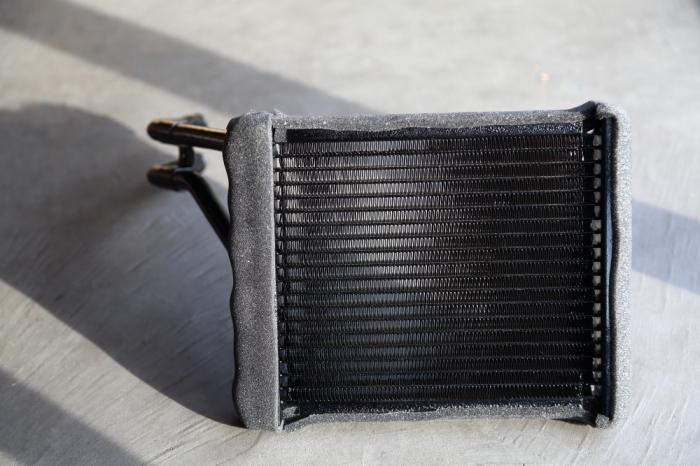 ご納車のブラックTJ仕上げ作業進行中です_f0105425_19094144.jpg