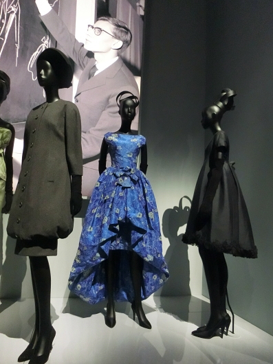 ディオールの回顧展【Christian Dior: Designer of Dreams】_e0303431_18550349.jpg