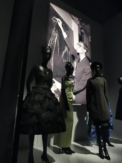 ディオールの回顧展【Christian Dior: Designer of Dreams】_e0303431_18552270.jpg