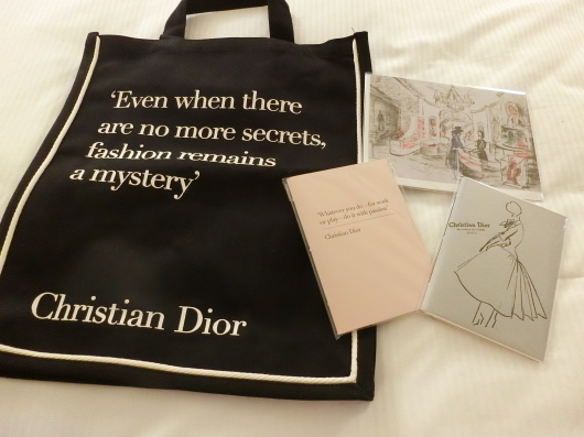 ディオールの回顧展【Christian Dior: Designer of Dreams】_e0303431_18593464.jpg