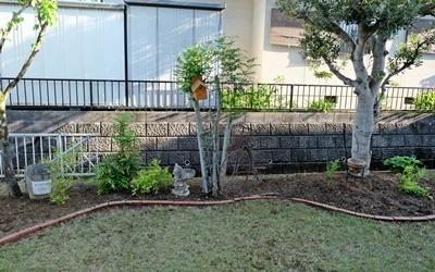 お庭の大掃除_b0194861_20254006.jpg