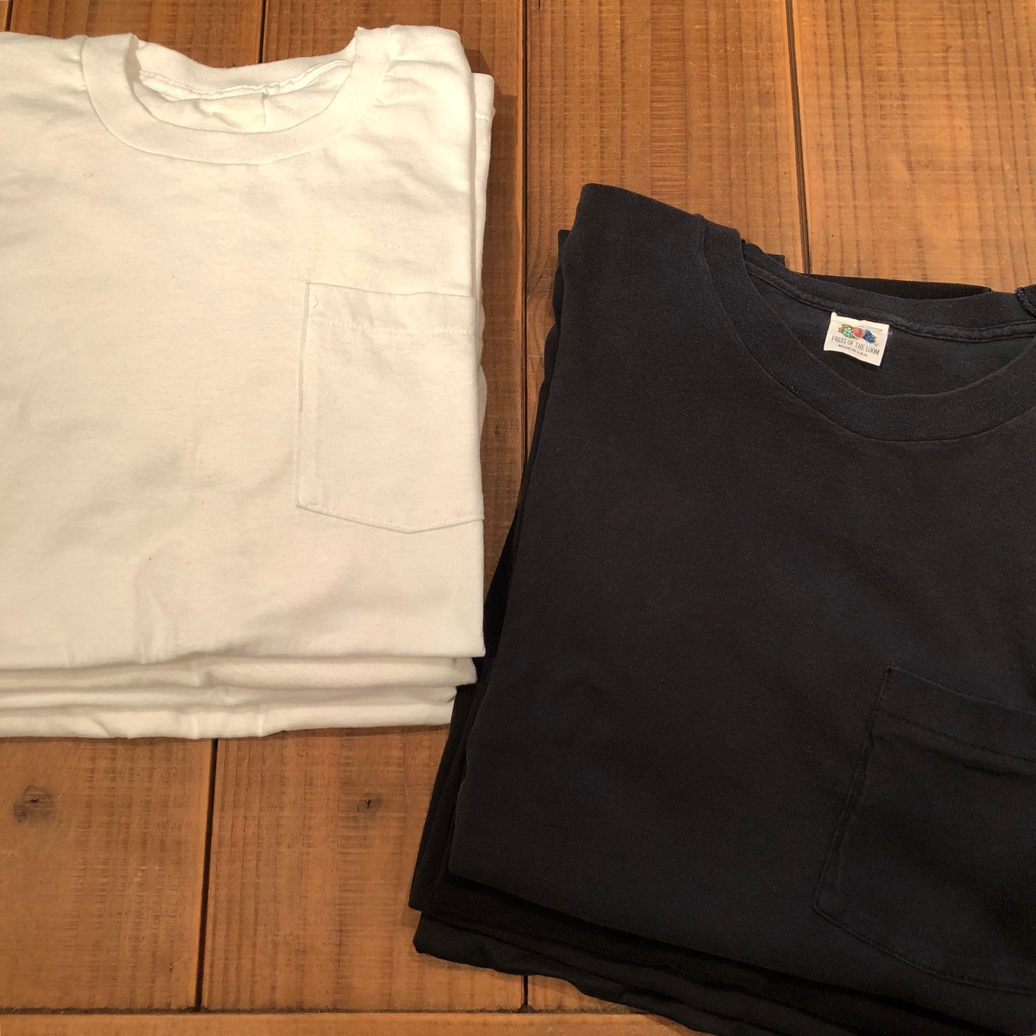 "1980s "" FRUIT OF THE LOOM \"" 100% cotton - BLACK - VINTAGE POCKET Tee SHIRTS × 4P - WHITE - × 4P ._d0172088_17464106.jpg"