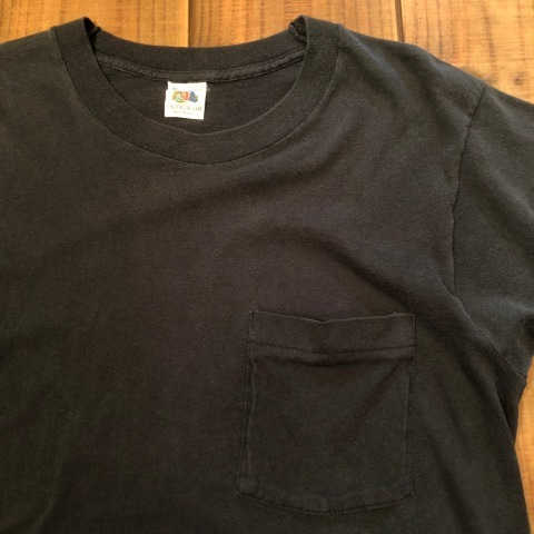 "1980s "" FRUIT OF THE LOOM \"" 100% cotton - BLACK - VINTAGE POCKET Tee SHIRTS × 4P - WHITE - × 4P ._d0172088_17534345.jpg"