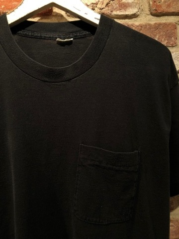 "1980s "" FRUIT OF THE LOOM \"" 100% cotton - BLACK - VINTAGE POCKET Tee SHIRTS × 4P - WHITE - × 4P ._d0172088_17582199.jpg"
