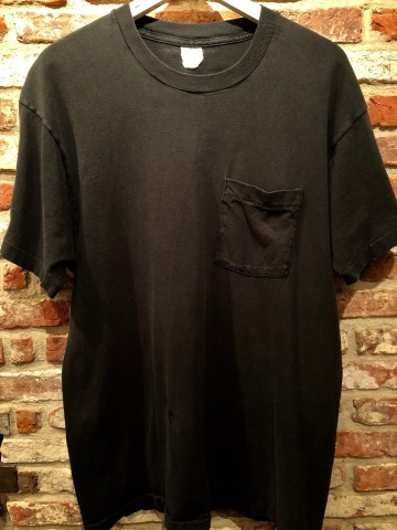 "1980s "" FRUIT OF THE LOOM \"" 100% cotton - BLACK - VINTAGE POCKET Tee SHIRTS × 4P - WHITE - × 4P ._d0172088_18045243.jpg"