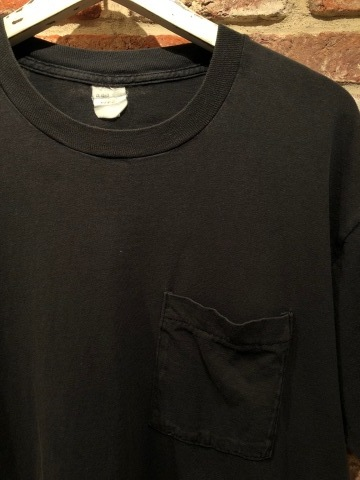 "1980s "" FRUIT OF THE LOOM \"" 100% cotton - BLACK - VINTAGE POCKET Tee SHIRTS × 4P - WHITE - × 4P ._d0172088_18051862.jpg"