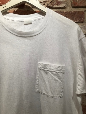 "1980s "" FRUIT OF THE LOOM \"" 100% cotton - BLACK - VINTAGE POCKET Tee SHIRTS × 4P - WHITE - × 4P ._d0172088_18262793.jpg"