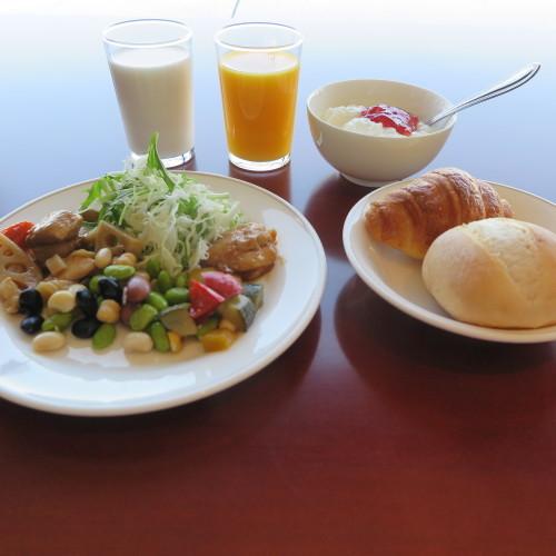 HOTEL SEASON の朝食_c0075701_20404224.jpg