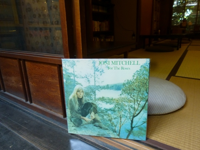 for the roses / joni mitchell_e0230141_07013921.jpg