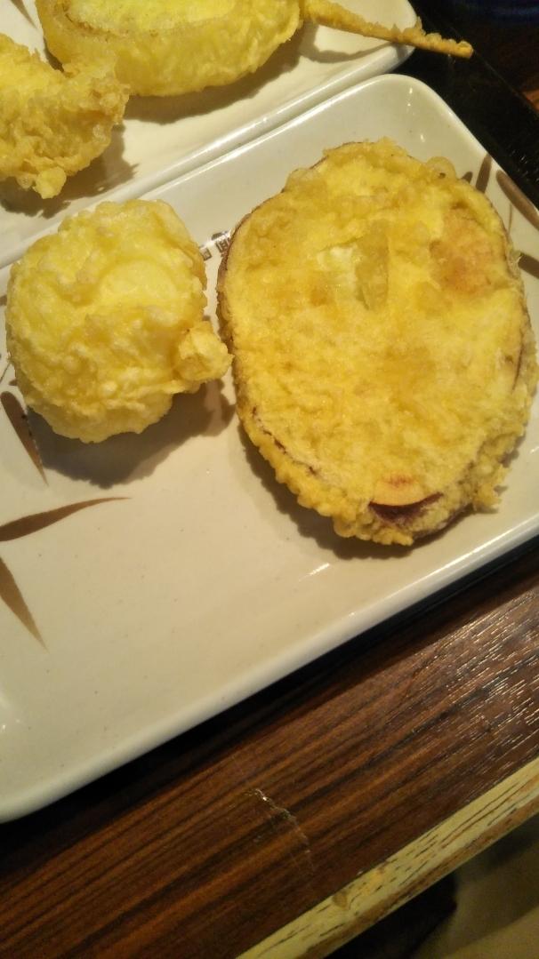スーパーフライデーで丸亀製麺のうどんが無料!天ぷら4種も追加で楽しむの巻_f0076001_23253818.jpg