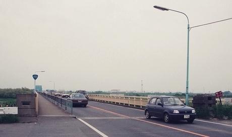 坂東大橋旧橋梁と上毛電気鉄道未成線_e0030537_23484392.jpg