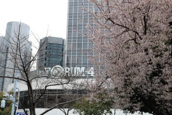 大阪駅前第2ビル_c0001670_17275456.jpg