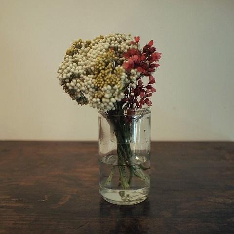 お花屋さん気分で_b0322280_18305376.jpg