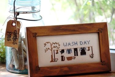 アーミッシュのお洗濯の刺繍フレームとクロスピン_f0161543_16232261.jpg