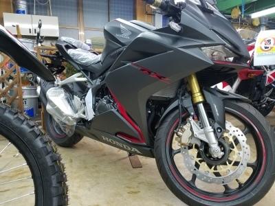 高級250cc 入荷 ‼_e0114857_08510578.jpg