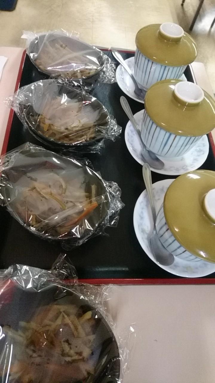 お休み処セラピア、茶碗蒸しときんぴらが人気_b0106766_21254249.jpg
