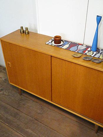sideboard_c0139773_18403890.jpg