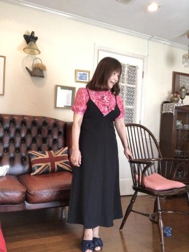 パーソナルカラー・スプリングさんが黒を着るには・・・_a0213806_14452576.jpeg