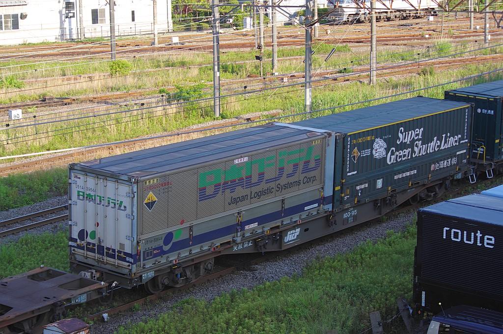 5/25東京貨物ターミナルにてSGS60レのコキとコンテナ_f0203926_2355241.jpg