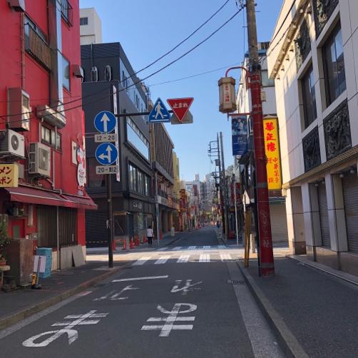 朝の横浜中華街を散歩。_f0207146_16513691.jpg