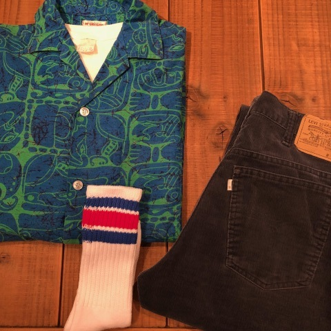 "1950s "" Mc GREGOR \"" ALL COTTON - トーテムポール柄 - VINTAGE S/S PRINT SHIRTS ._d0172088_18112909.jpg"