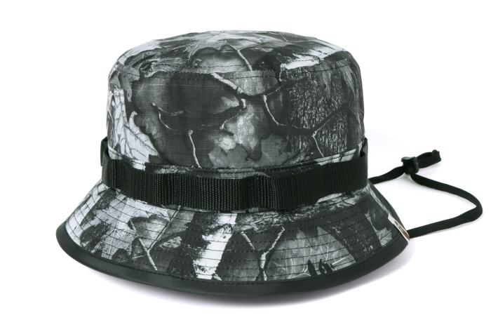 BAPE FOREST CAMO HUNTING HAT_a0174495_12033008.jpg