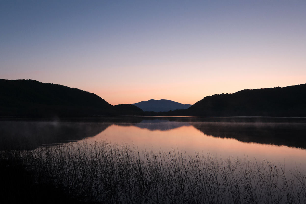 しばらくは見ることのできなくなる風景 雄国沼 LAKE OGUNI ,HUKUSHIMA ,JAPAN#FUJIXT30_c0065410_21475456.jpg