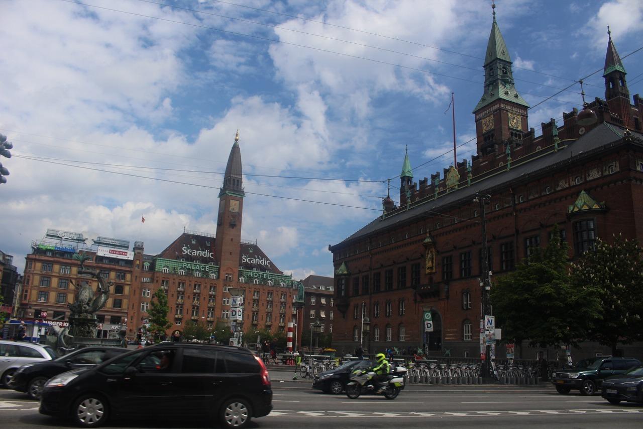 魅力的なコペンハーゲン_a0355629_08434364.jpg